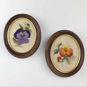 Vintage Cottagecore Boho Floral Embroidered Small Oval Framed Wall Art Decor Set
